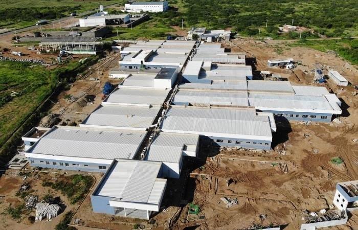 TCE aponta suposto sobrepreço em hospital de campanha de Serra Talhada