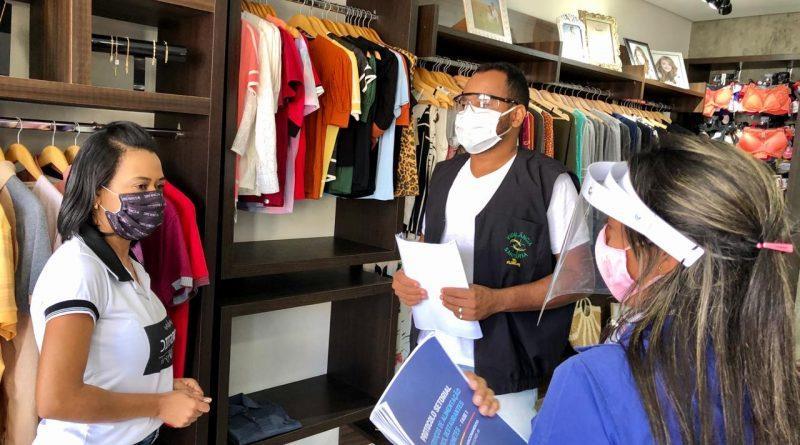 Governo altera decreto que previa multa imediata a comércios flagrados com clientes sem máscaras
