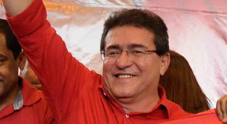 Em Serra Talhada, grupo governista ganha reforço do PODEMOS e Duque (PT) comemora