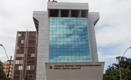TRE-PE suspende atos de campanha presenciais em Pernambuco