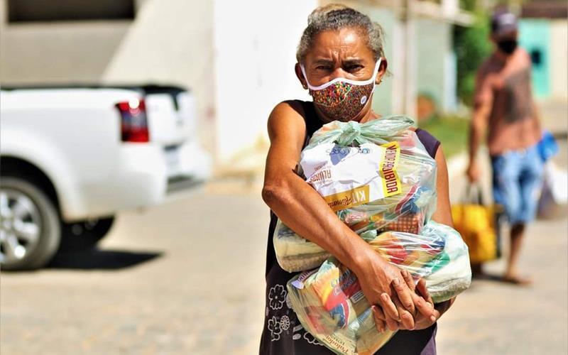 Prefeitura de Flores inicia o nono ciclo de entrega de kit alimentação