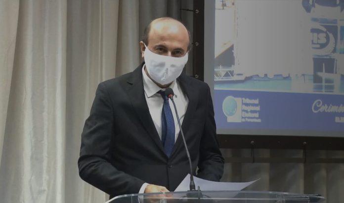 Irlando contabiliza R$ 20 milhões de débitos deixados por Tássio