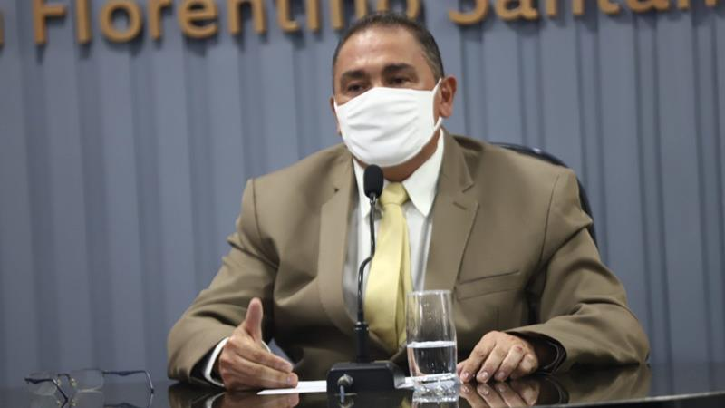 Luiz Heleno quebra o silêncio, defende a modernização do quadro pessoal e explica que vai consultar TCE-PE