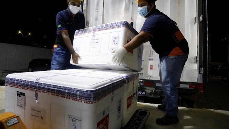 Pernambuco recebe mais 184.250 doses de vacina da Astrazeneca
