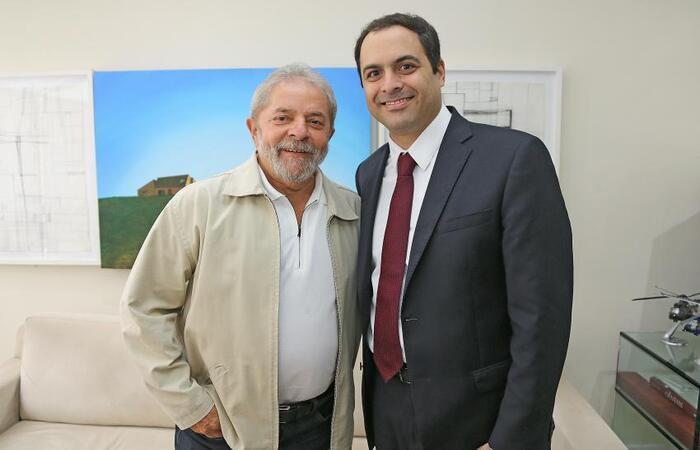 Lula (PT) e Paulo Câmara (PSB) se reúnem virtualmente