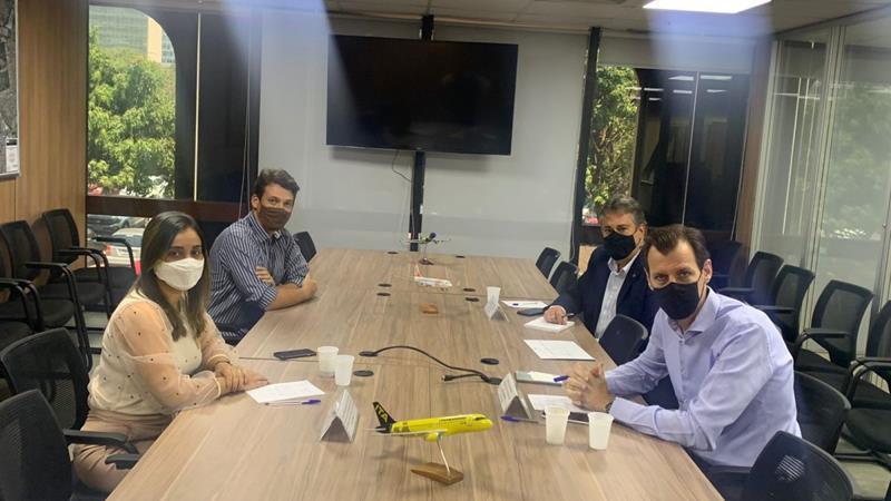 Requalificação do Aeroporto de Serra Talhada na agenda de Fernandha Batista em Brasília
